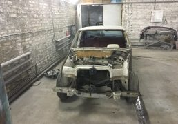mercedes-w108-full-disassembly-started